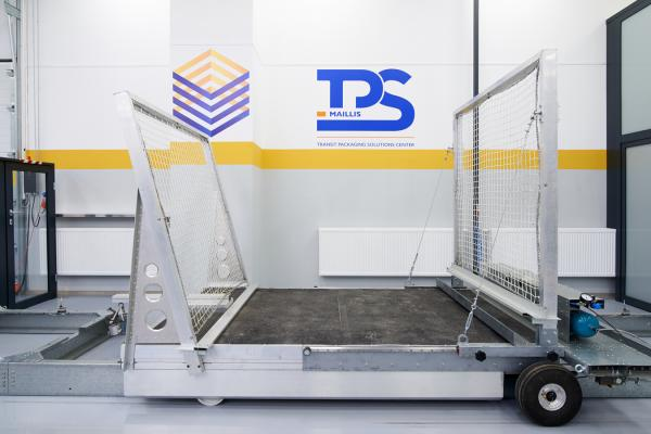 Acceleration test machine in the transit packaging solutions center